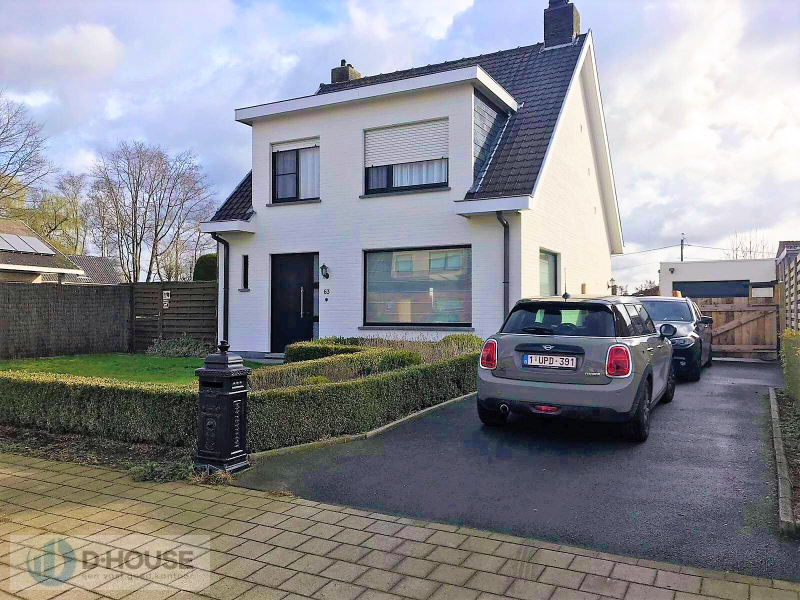 Instapklare woning in rustige woonwijk te Kachtem.