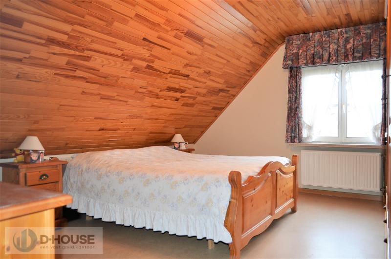 Prachtige villa in rustige woonwijk te Lendelede.