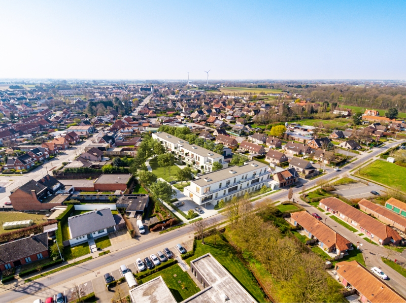 Nieuwbouwappartement met centrale tuin in hartje Bosmolens.