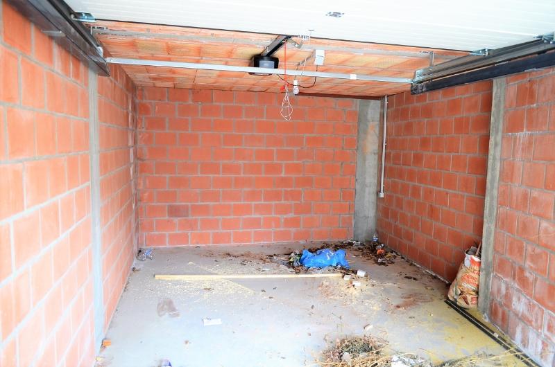 Garagebox in centrum van Meulebeke.