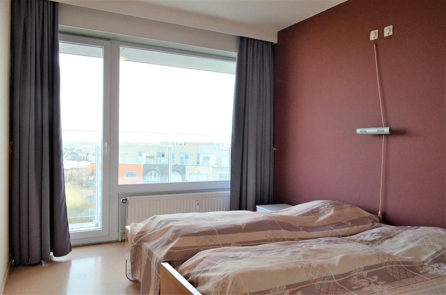 Zéér ruim 2-slaapkamerappartement op de zeedijk te Middelkerke.
