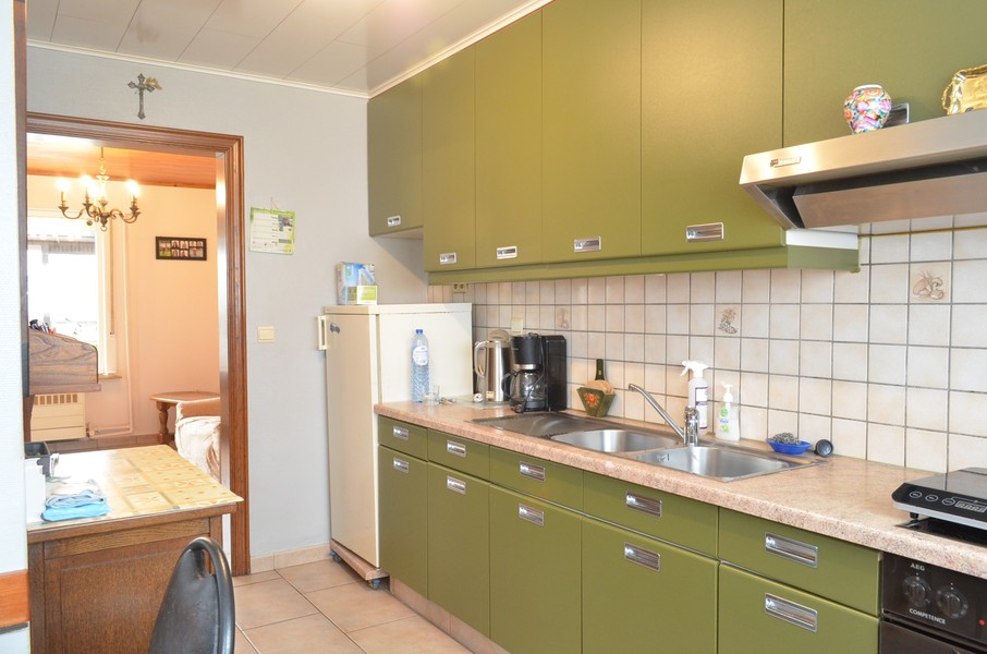Verzorgde woning in rustige woonwijk te Ooigem.