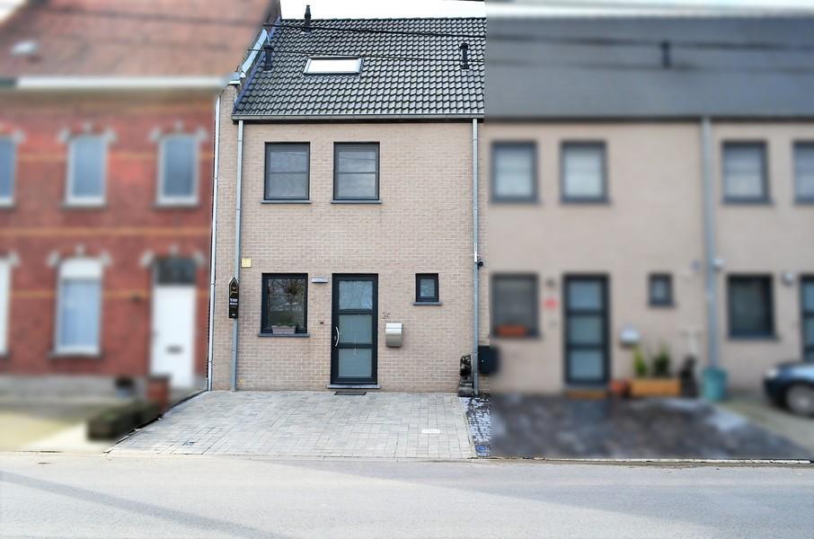 Verzorgde recente woning te Wielsbeke.
