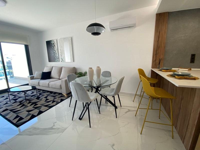 Moderne nieuwbouwappartementen Oasis Beach XIV in El Raso.