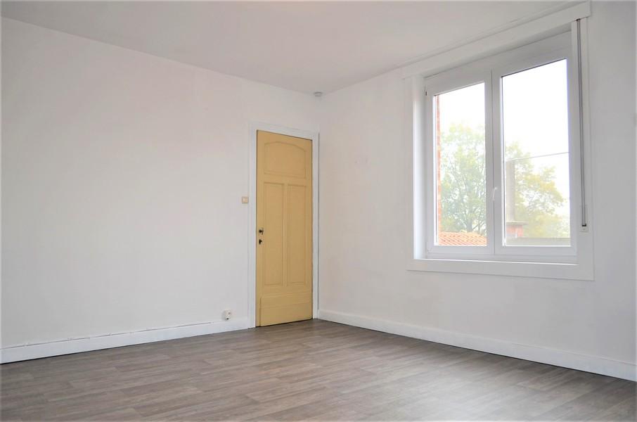 Recent gerenoveerde woning te Emelgem.
